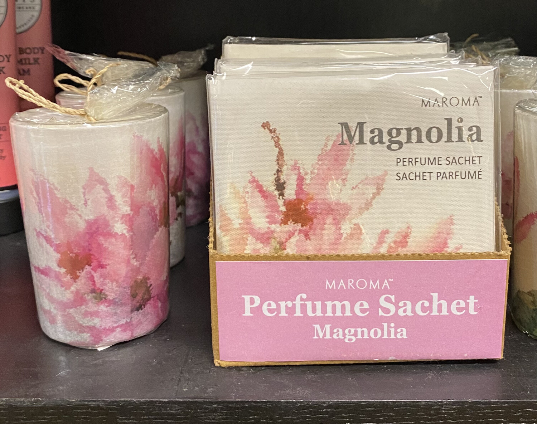 Maroma Magnolia Candle Matching Sachet Available