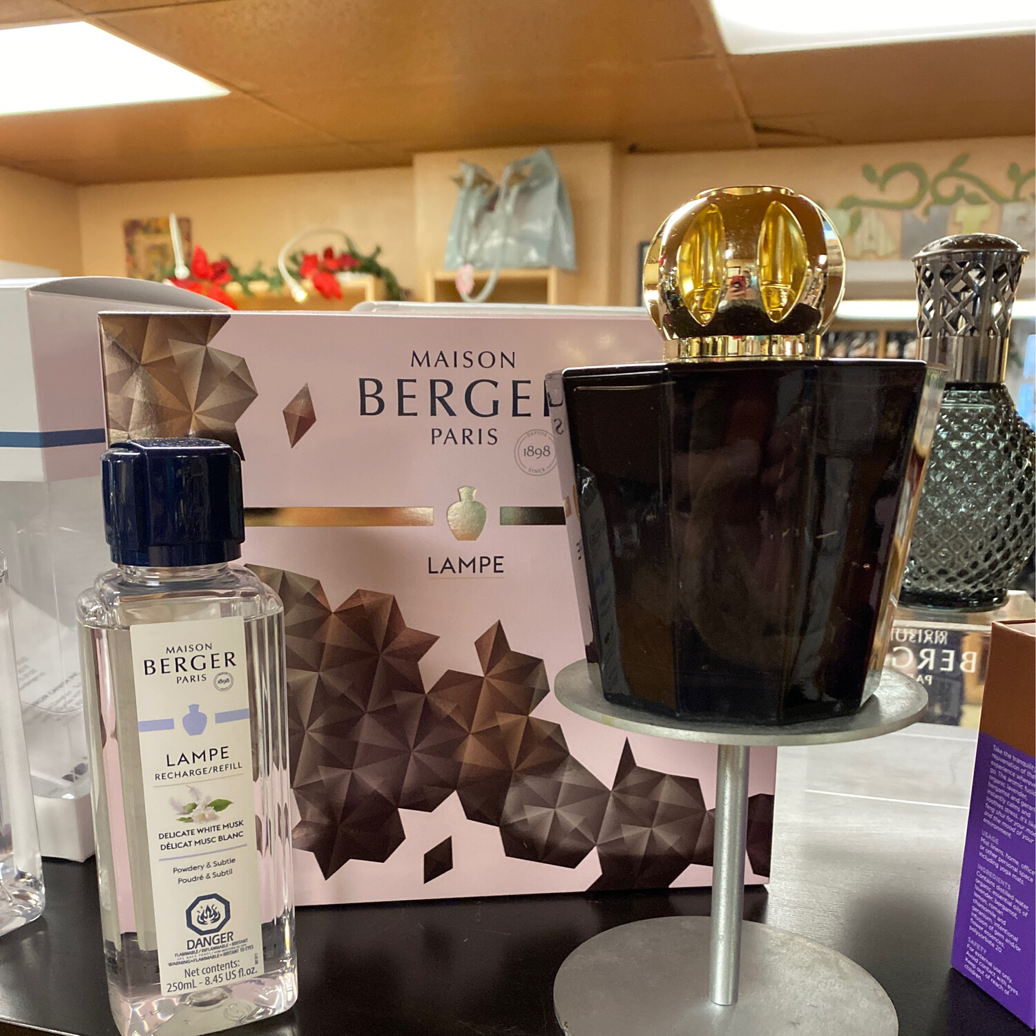 Maison Berger Black Crystal Gift Set With Delicate White Musk Aroma