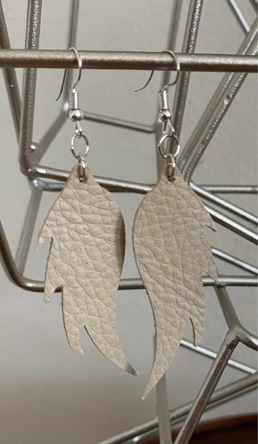 """A&A5 Tan Leather Wings 3 1/2"""" Drop"""