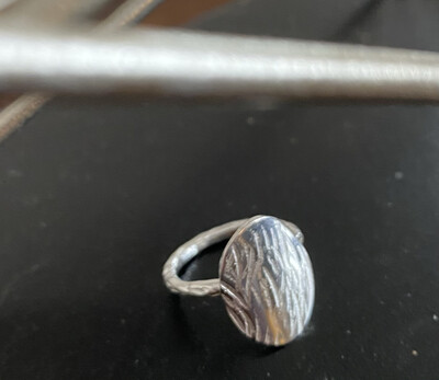 A&A 13 Sterling Silver Oval Hammered Ring Size 5.5