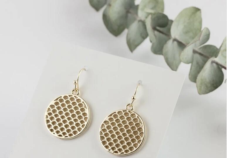WA Venus Ear Ring Gold