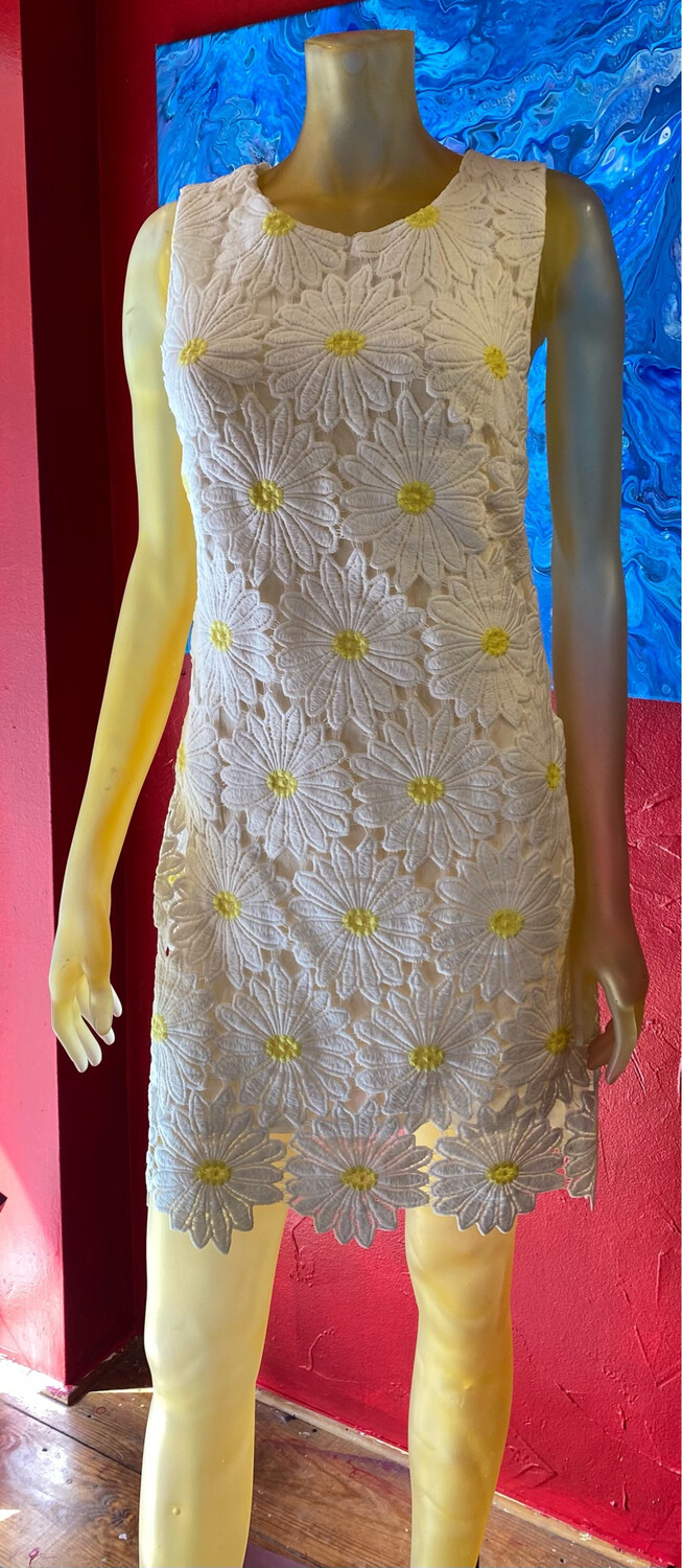 Apricot Daisy Lace Dress XS