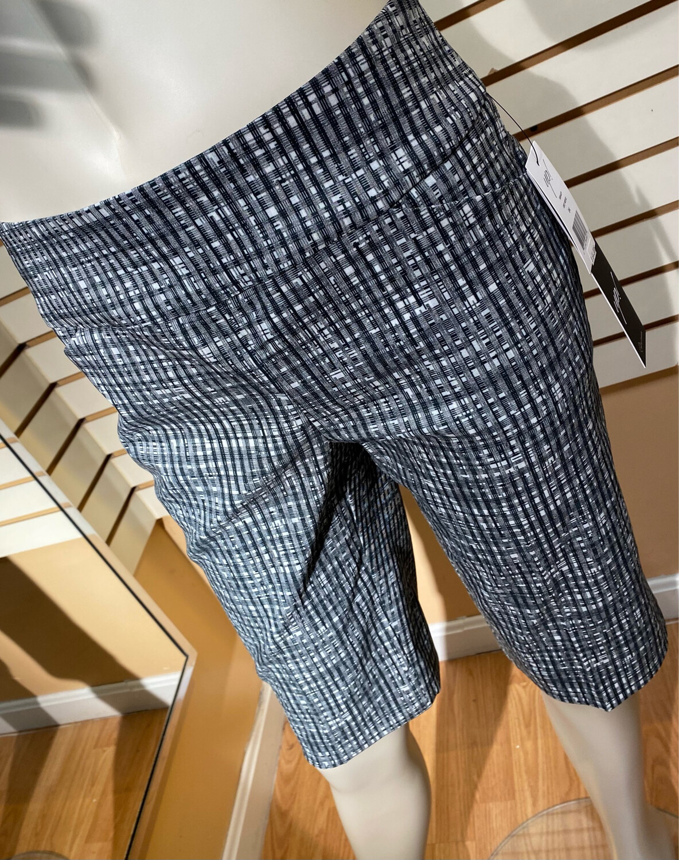 Up Grey Weave Short 12