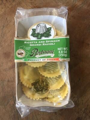 Deli / Pasta / Bertagni Ricotta and Spinach Grand Tondi