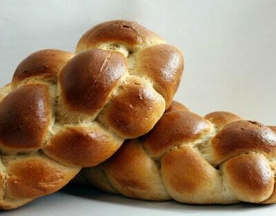 Bread / Fresh Baked / Acme Challah Bread