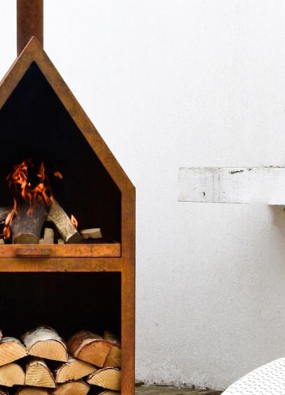 Ivyline Henley Fireplace In Rust Iron