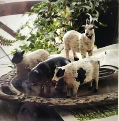 Home Decor/Farm Animal Statues (price is for each animal)sheep, goat,cow,pig