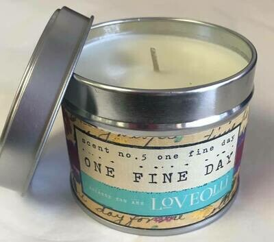 Candle/Loveolli tin//One Fine Day