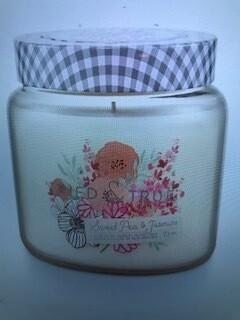 Tried & True/ 15 oz. Sweet Pea & Jasmine jar candle