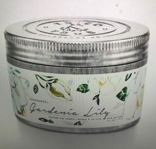 Tried & True/ 4 oz. Gardenia Lily candle