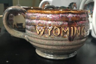Drinkware/Wyoming mug/buffalo on one side/Wyoming on other side