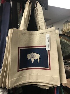 Tote/Wyoming/Wyo flag