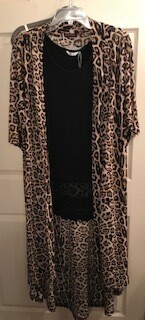 Apparel/duster/leopard/one size fits most