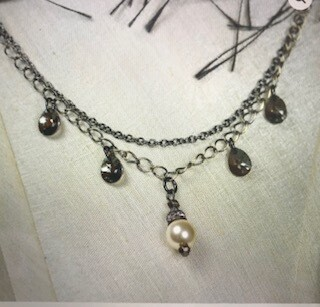 Coolwater Jewelry/necklace/vintage pearl