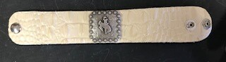 Bracelet/Wyo steamboat concho/silver on ivory tooled leather