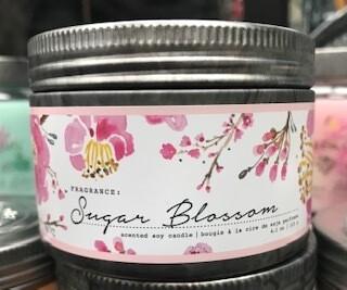 Tried & True/ 4 oz. Sugar Blossom candle
