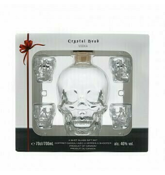 70cl - Crystal Head met 4 shotglaasjes - Incl ZUCO T-shirt twv 25 euro - Soft drinks - Pipers chips