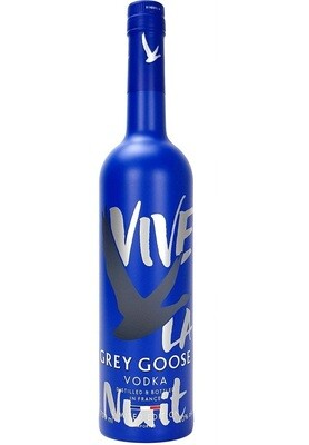 70 CL * Grey Goose Limited Edition * VIVE LA NUIT. Incl ZUCO T-shirt twv 25 euro - Soft drinks - Pipers chips