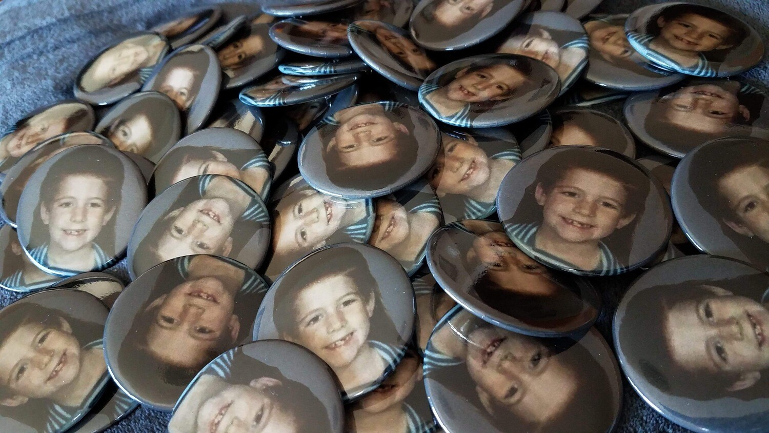 Amy Mullet Buttons