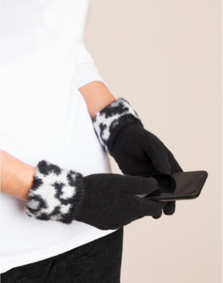 Animal Cuff Glove