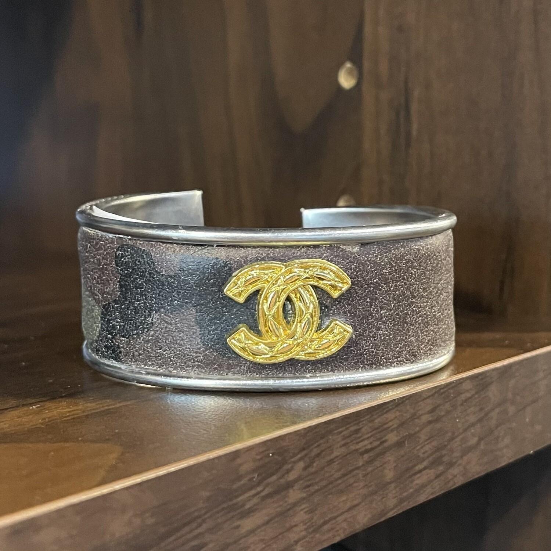 Camo Vtg. Gold Chanel Petite Cuff