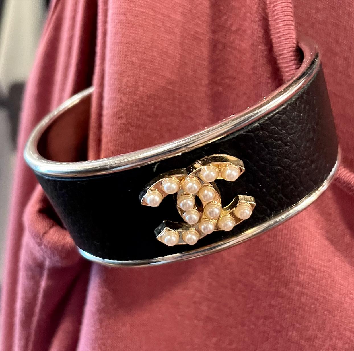 Blk W/ Pearl Chanel Petite Cuff