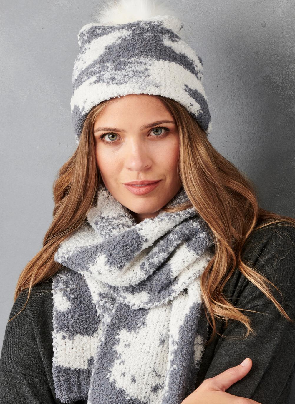 Grey/Cream Knit Hat/Scarf Set