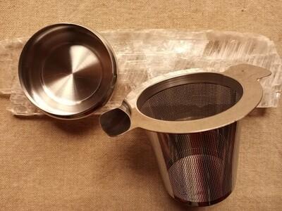 "Cylinder Stainless Steel Tea Strainer 3"" w/Lid"