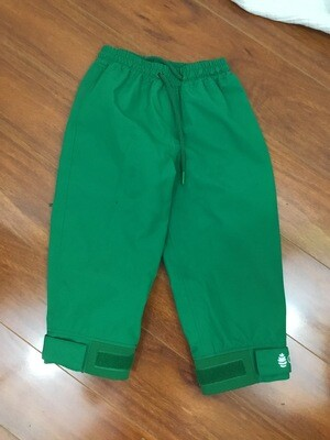 984 oakiwear green kids green rain pants size 3T (several very small spots on pants) 072720