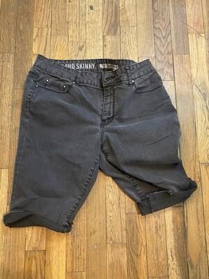 734 dkny black denim womens jean shorts size 12 082720