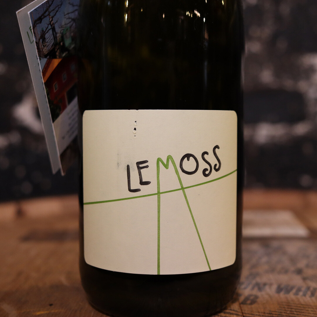 Le Moss Unfiltered Sparkling White Wine Italy 750ml