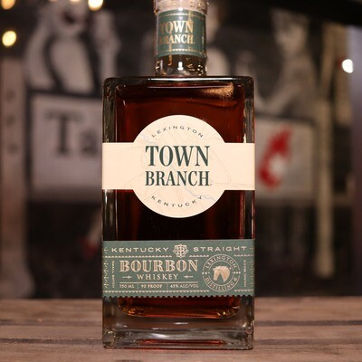 Town Branch Kentucky Straight Bourbon Whiskey 750ml.