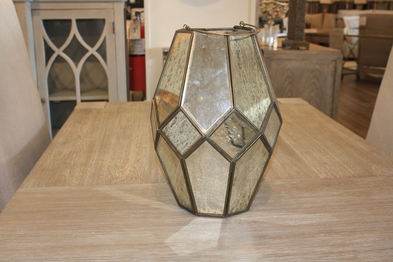 2-A99 PR21 Medium Lantern