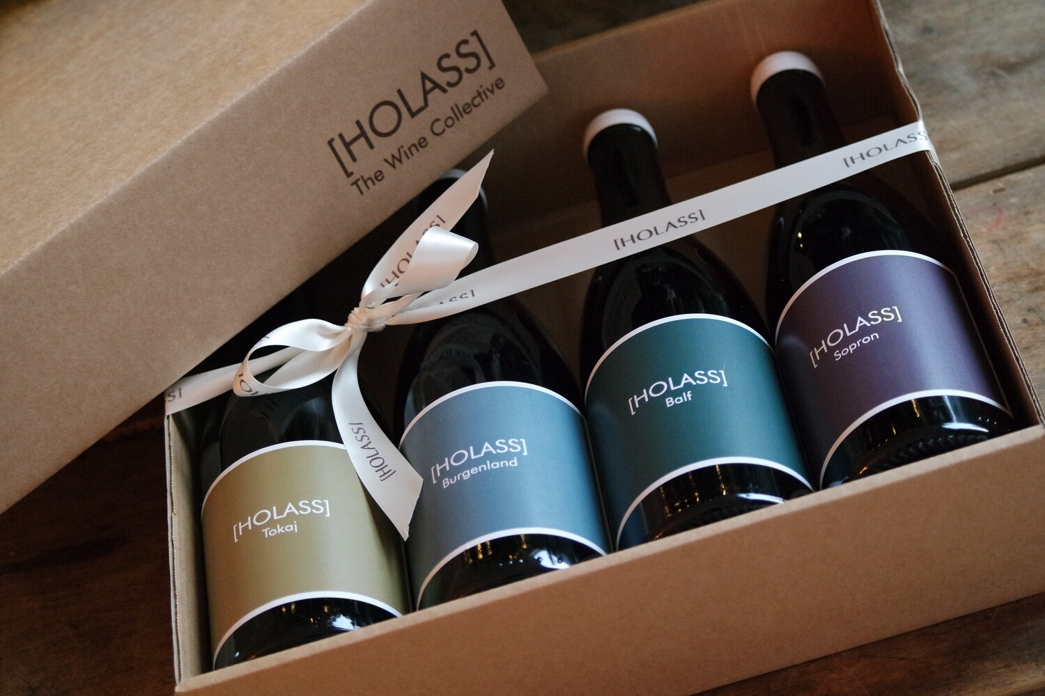 GIFT BOX with 4 [HOLASS] bottles
