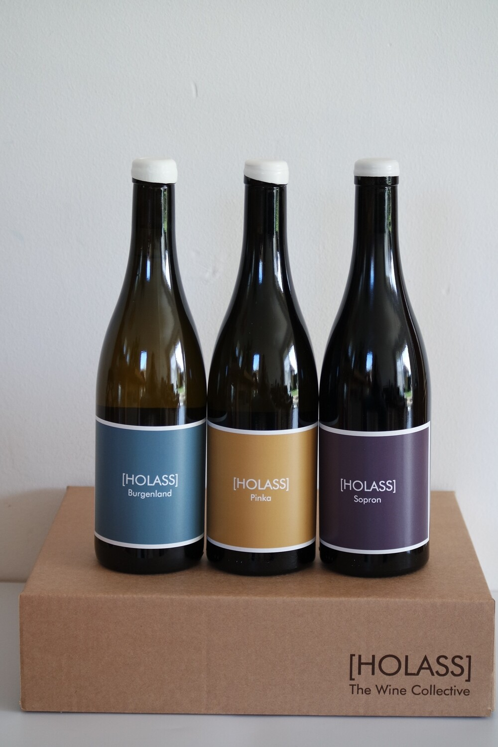 GIFT BOX with 3 [HOLASS] bottles