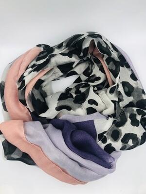 Sjaal roze/paars/luipaard zwart