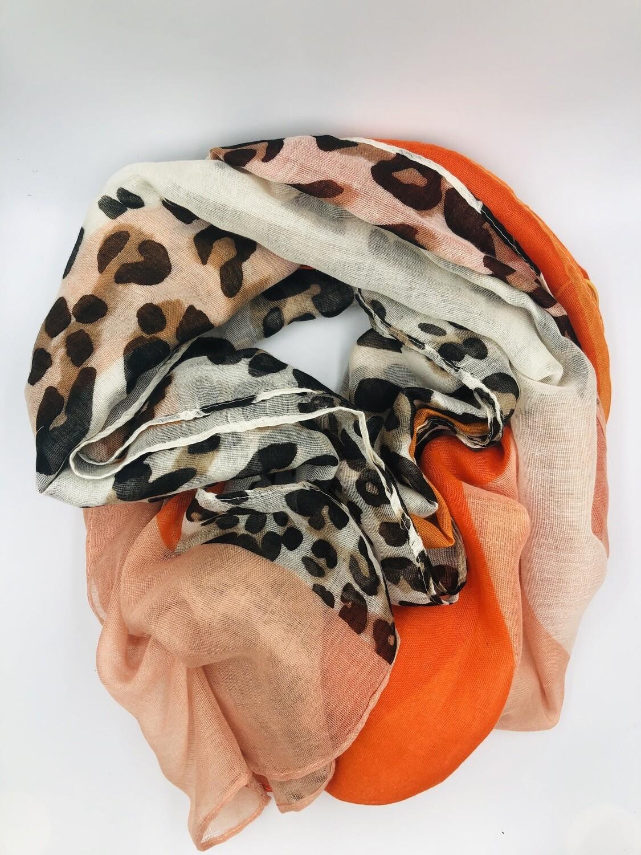 Sjaal oranje met luipaard