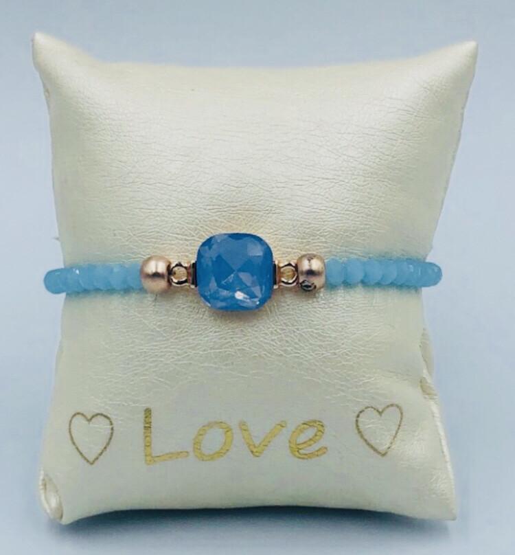 Armband Lizas Lichtblauw Met Steentje
