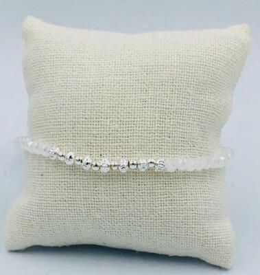 Armband Lizas Wit Met Zilver Bolletjes