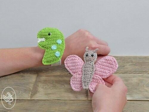 Haakpatroon Klaparmband Dino en Vlinder