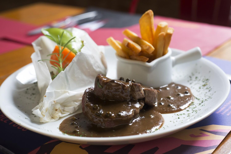 Steak au poivre + Straffe Hendrik Tripel (9°)
