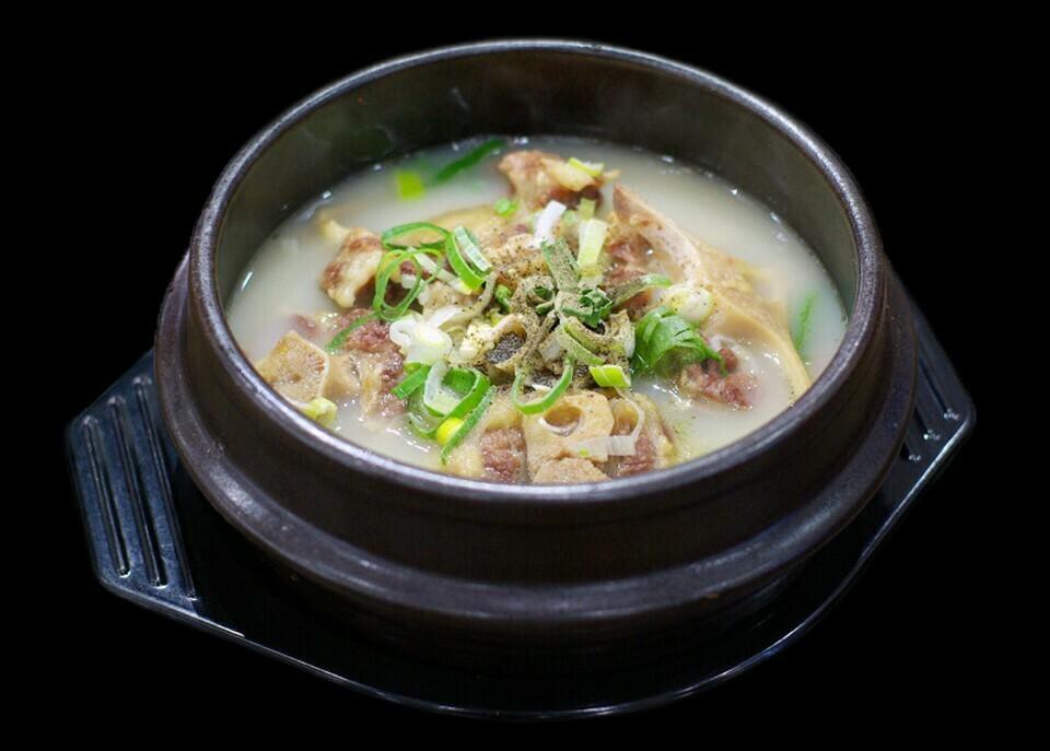 Ox Tail Soup (꼬리곰탕)