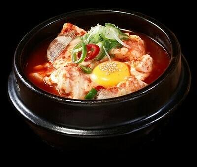 Seafood and Soft Tofu Stew (해물순두부)