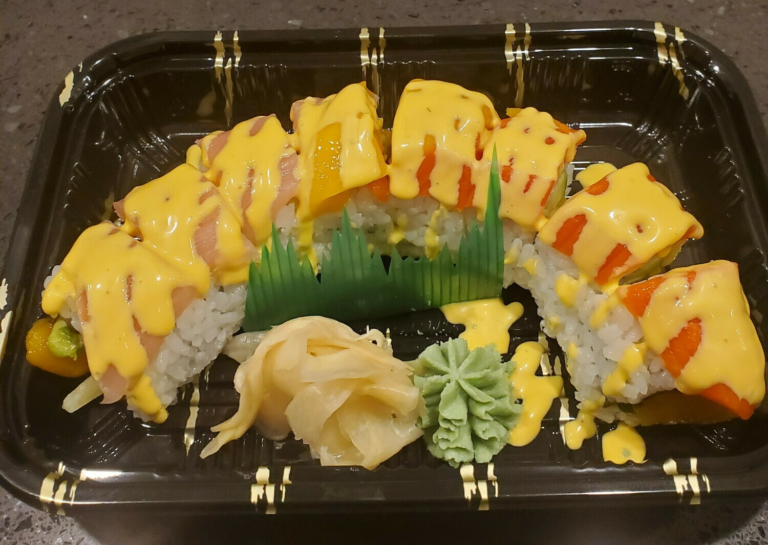 Pirates Of The Caribbean Roll (Tropical)