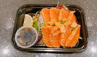 Salmon Tataki (8pcs)