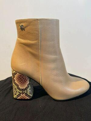 SVNTY Snake Bootie print Leather