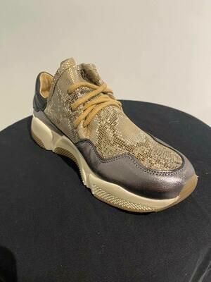 SVNTY runner sneaker slangenprint