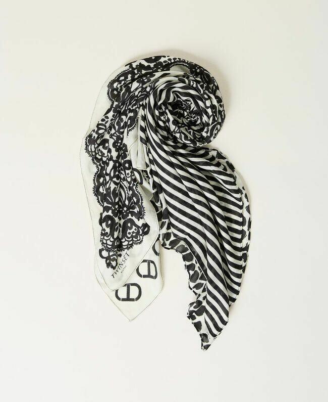 Twinset sjaal zwart-wit met mix van prints