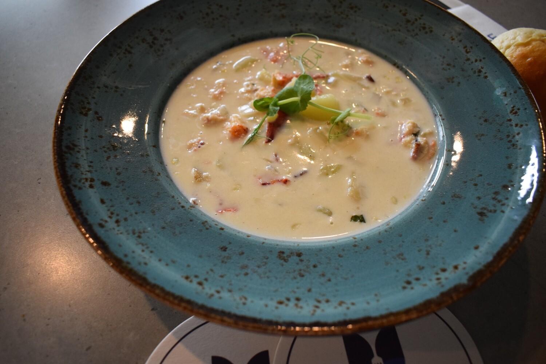 Chowder au homard (CE)