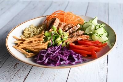 Salade thaï au poulet croustilllant
